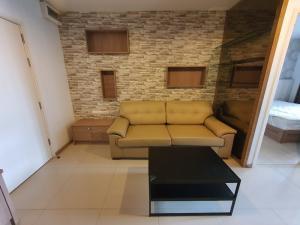 For RentCondoRama9, RCA, Petchaburi : For rent Aspire rama9 [39 sqm,] 12,500 baht only. Nice room, good price. Please contact cartoon 0924235675.